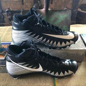 Nike Men's Alpha Menace Football Cleats